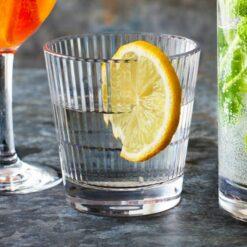 Miljöbild citron Barcompagniet glas stripe 355 rocks 35.5cl